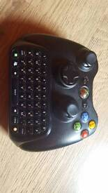 Xbox 360 Controller with xbox chatpad