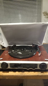 Premier Edition 3 speed turntable with radio NEW BOXED