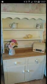 Country shabby chic Dresser
