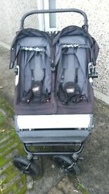mountain buggy duet (black) incl. storm cover, 2x maxi cosi car seat adapters, scooter and bracket