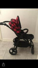2-1 pram looking for quick sale 100 Ono