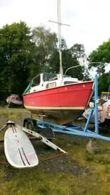 Hardy 18' trailer sailer yacht