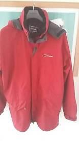 Berghaus coat with fleece size xl fleece clips inside coat
