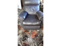 BROWN LEATHER RISE RECLINER