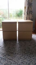 2 bedside drawers for sale £35 ONO, very good condition.