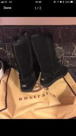Ugg black boots size 4 / NEW
