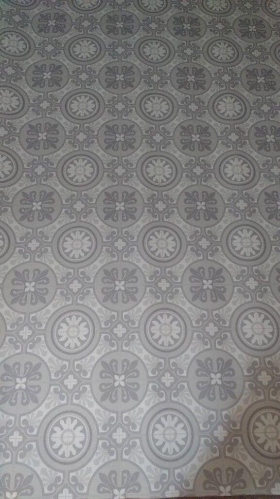 2m x 1.5m grey pattern tile effect vinyl / lino floor ...