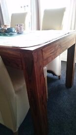 GORGEOUS DINING TABLE - VERY NICE QUALITY AND HEAVY - £100