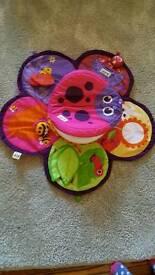 Lamaze spin around tummy time toy
