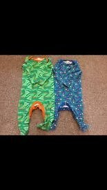 Baby 6-9 month clothing bundle £7