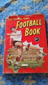 FOOTBALL ANNUAL} THE TOPICAL TIMES FOOTBALL BOOK FIRST ISSUE No1 : 1959