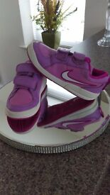 Lovely lilac and pink trainers infant 11