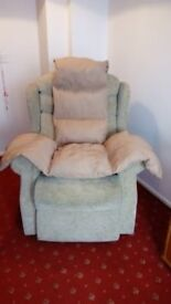 Celebrity Riser Reclining Chair.