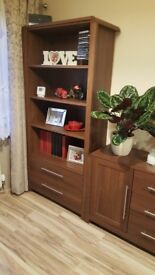 Solid wood bookcase - EXCELLENT CONDITION