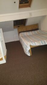 Double room loft,fully furnished new carpet all bill inc
