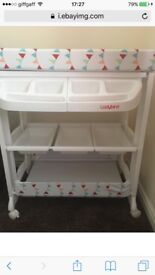 Ladybird changing unit with built in bath