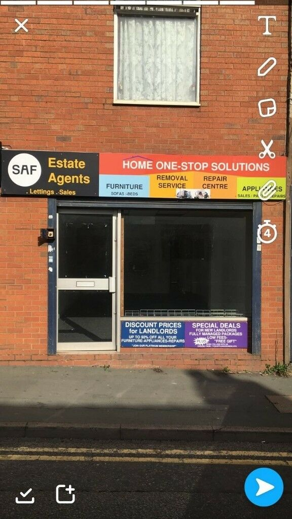 Shop Available to rent in Dudley