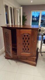 Wooden storage cabinet/ TV Cabinet
