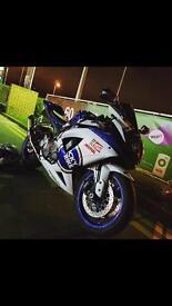 Suzuki gsxr k8 750 very clean bike!!