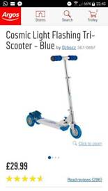 Cosmic Light Flashing Tri-Scooter - Blue by Ozbozz RRP 29.99