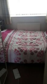 Double room to rent in clean quite house with all bills included close to transport