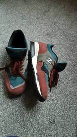 New balance size 9 trainers