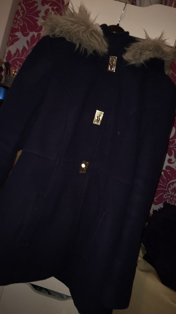 Winter jacketin Clapham, LondonGumtree - Lovely primark jacket here size 14! Really cosy and warm going cheap at the price of £15! Please contact me on 07498330199 if intrested )