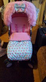 Cottage floral stroller