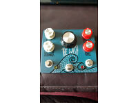 Hungry Robot The Wash Delay Reverb pedal