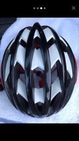 Louis Garneau bike helmet (model Course)