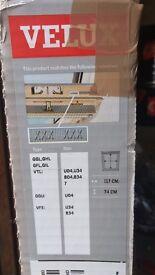 VELUX white blind 117x74cm