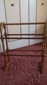 Wooden towl stand / rail