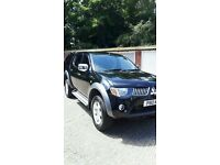 rare Mitsubishi L200 ELEGANCE, heated leathers & rear canopy & LCD screen with remote
