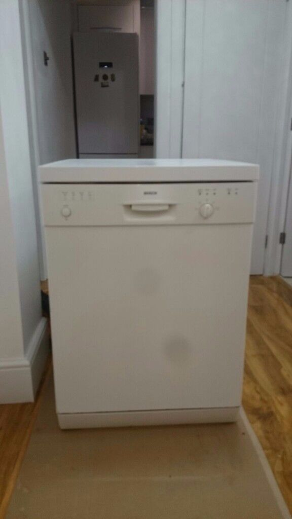 Bosh Dishwasher S901B Excellent Condition
