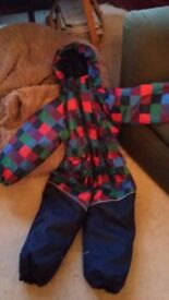 Kids snowsuit from Norway