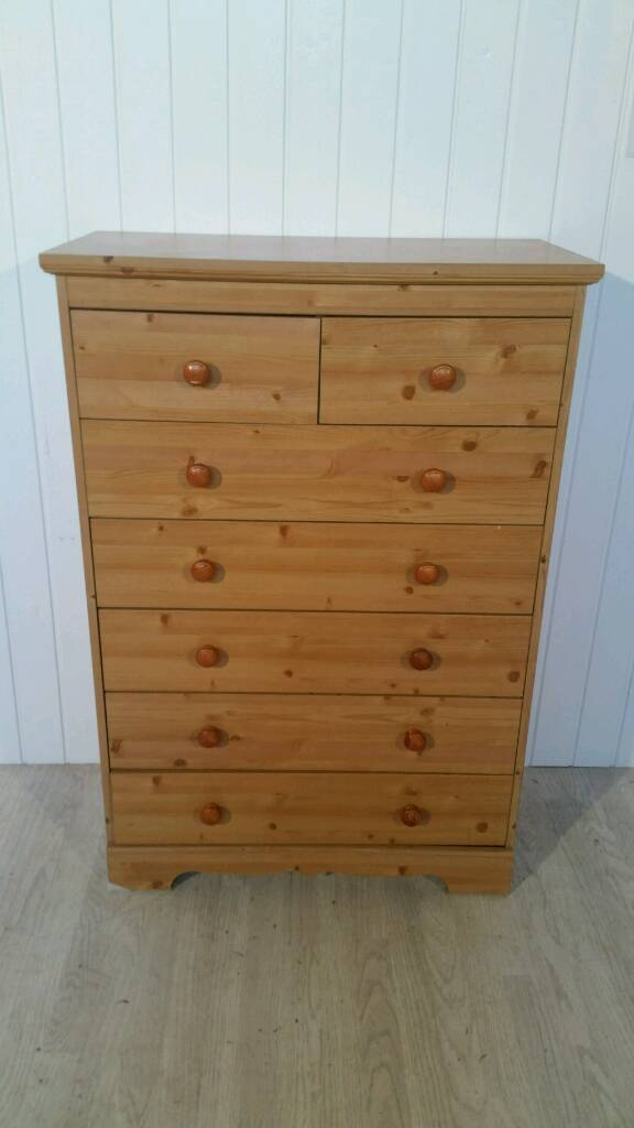 Pine Effect 5+2 Chest of Drawers
