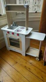 Hape cook n' and serve play kitchen