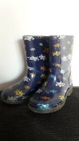 Wellies size 9