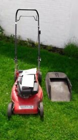 **HONDA GV100 PETROL LAWNMOWER**FULLY WORKING**RECENTLY SERVICED**NO OFFERS**