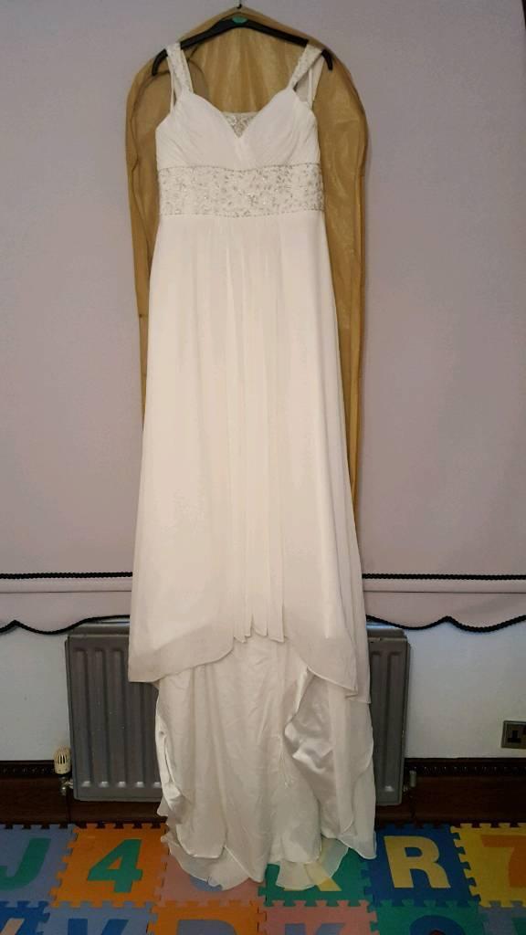 Ivory wedding dress size 10 with veil