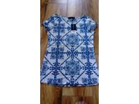 Brand New Ladies Dorothy Perkins top/t-shirt Size 6