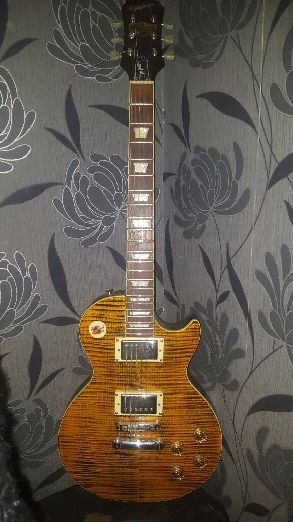 Epiphone Joe Perry Boneyard Les Paul450 ONOin Leigh, ManchesterGumtree - This is an early 2000s Joe Perry signature model Les Paul, arguably one of the best ones they had in production at the time, it was manufactured in the Unsung factory in Korea, so it seeps of quality yet at a non USA price point. It has the classic C...
