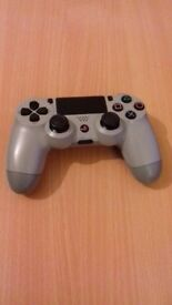 PS4 Grey Controller (20th anniversary addition)