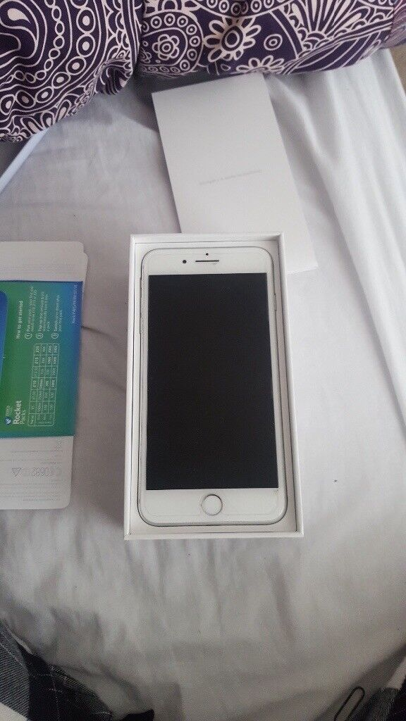 iPhone 7 Plus Silver 32gb, less than a year old, like new.