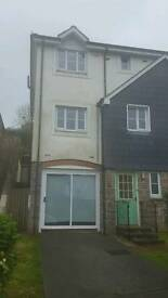 4 bed Townhouse central Truro