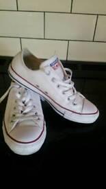 White leather converse unisex size 6