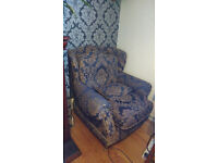 Free set of 2 armchairs