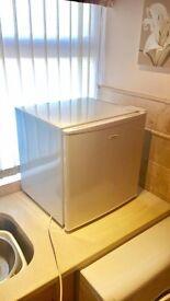 Matsui Mini Fridge Freezer