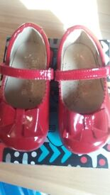 Red spanish shoes
