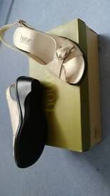 Hotter beige sandals - size 4.5